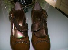 Stunning Minette Designer Shoe In Dark Brown to mid brown.Size Uk 7