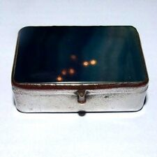 VINTAGE BLUE AGATE PATCH / PILL / TRINKET BOX.