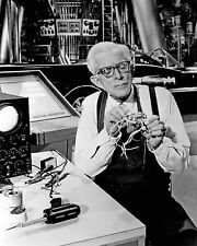 ALAN NAPIER AS ALFRED IN ABC TV SERIES 'BATMAN' - 8X10 PUBLICITY PHOTO (DA-569)
