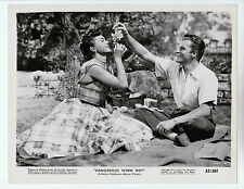 "Esther Williams / Fernando Lamas (Pressefoto '53) in ""Wasserprinzessin"""