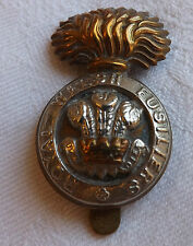 An Original Military WW1 The Royal Welsh Fusiliers Regiment Cap Badge (1913)