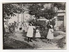 PHOTO Vintage Vers 1910 FRANCE Enfants Filles Jeux Diabolo Baguettes Bois