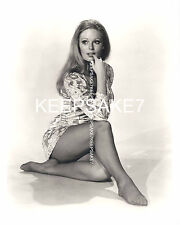 ACTRESS  VERONICA CARLSON SEXY LEGGY 8  X 10 NYLONS FEET TOES PHOTO A-VC4