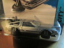 HOTWHEELS DMC DELORIAN BACK TO THE FUTURE(NEW FOR 2015) SCALE 1/64 ON LONG CARD