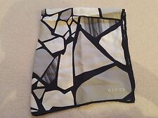 **GUCCI Silk Scarf Monochrome Geometric Grey and White - Used**
