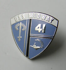 US NAVY USN USS MIDWAY CARRIER UNITED STATES LAPEL PIN BADGE 1 INCH