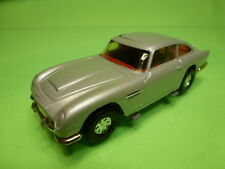 CORGI TOYS ASTON MARTIN DB5 - 007 JAMES BOND - SILVER 1:36? - GOOD CONDITION