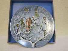 """Haviland Limoges Plate 12 Days of Christmas """"Eight Maids A 'Milking"""" 1977 w/box"""