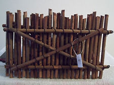FOR DECO OR CRAFT, 4 FT. LONG EXPANDABLE WOODEN FENCE.
