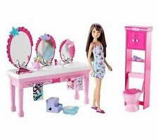 NIB Barbie Sisters Beauty Fun Playset Bathroom Vanity Skipper Doll T7535 Toy NEW