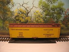 UNKNOWN MFG. HO SCALE FRUIT GROWERS EXPRESS REFRIGERATOR # 50444 (NO BOX)