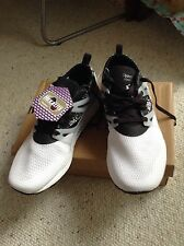 NWTB Reebok Hexalite Lightweight Men's Athlete Shoes. Size 10. Black & White.
