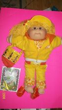 CABBAGE PATCH KID DOLL  TRU DOLLS  20TH ANNIVERSARY GIRL   2003 BEACH GIRL