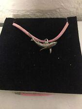 Shark pp-f13 Peltro Inglese emblema su una collana di corda rosa fatta a mano