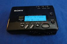 Sony TCD-D8 DAT Walkman Portable Digital Audio Tape Recorder with Case