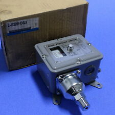 SMC PRESSURE SWITCH Z-IS2761-103L9 NIB