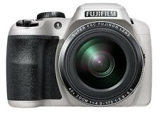 "Fuji S8200 White 16MP 40x Zoom Digital Bridge Camera Fujifilm ""DSLR Style 1910"