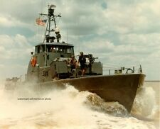 "USCGC Point Hudson on patrol Saigon River 8""x 10"" Vietnam War Photo Picture 81"