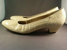 Vintage Naturalizer Beige Croc Patent Leather Pumps Heels Shoes Size 8 1/2Narrow