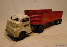 1940s-50s STRUCTO STEEL CARGO TRUCK VINTAGE PRESSED NYLINT INTERNATIONAL? FORD?