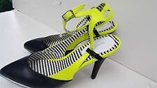 Womens Mark Yellow and Black Strappy Heels Sandals Size 8