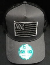 New Era Grey/Black Mesh Snapback Hat /  Cap With American Flag Grey/Black Patch