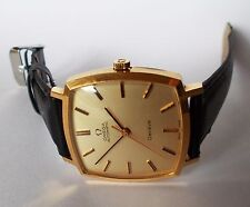 1970's Men's OMEGA GENEVE Automatic Watch. 31x33mm Gold Dial. 18K GP