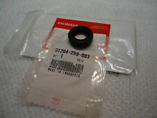 Honda KICKSTART ER SHAFT SEAL POSTIE TRAIL 110 CT110 CT125 ALL YEARS OEM PART