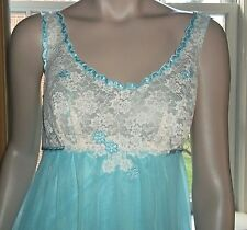 Warners Long Nightgown Negligee Double Chiffon Floral Applique Ice Blue Sz 36