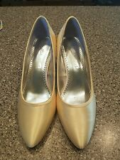 "Michaelangelo shoes size 8.5M leather sole ""pauline"" light yellow wore one time"