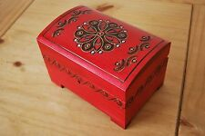 VINTAGE STYLE WOODEN JEWELLERY CHEST 15 CM LONG LOCK AND KEY IN RED COLOR