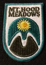 MOUNT MT HOOD MEADOWS Skiing Ski Patch OREGON OR Resort Travel Souvenir Lapel