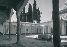 TURQUIE  c. 1950 - Cour Intérieure de La Mosquée Emir Sultan de Bursa - P 936