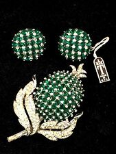 NWT CROWN TRIFARI INVISIBLE SET EMERALD RHINESTONE FRUIT BROOCH EARRINGS SET