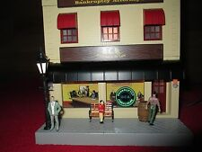 O SCALE  MTH 30-90154 DEWEY,CHEETUM & HOWE W/BLINKING SIGN 3 STORY CITY BUILDING