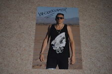 MACKLEMORE  signed Autogramm  In Person 20x30 cm rar!!
