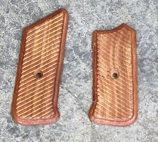 GERMAN MP44 GRIPS - PAIR TIMBER REPRODUCTION TOP QUALITY WW2