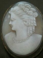 ANTIQUE VICTORIAN SHELL CAMEO HAND CARVED LADY PIN BROOCH Vtg.