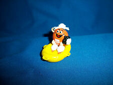 M&M's Orange SAILOR in RAFT Figure BEACH Series M&Ms French Pocket Surprise M&M