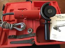 Makita-  100mm Disk Grinder 3.5A - model M952 in case