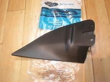 NOS 1993 94 95 MERCURY VILLAGER OUTER MIRROR MOUNTING COVER LH