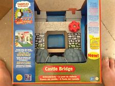 Thomas the tank engine Thomas and friends wooden lc99310 castle bridge brand new