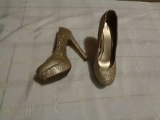 womens mossimo gold glitter rounded toe platform heels shoes size 9 1/2
