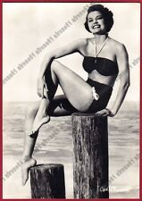 CYD CHARISSE 02 ATTRICE - ACTRESS IN A BATHING SUIT - CINEMA MOVIE Cartolina