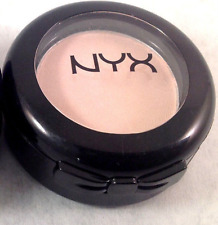 NYX Hot Single Eyeshadow *RUNWAY CHIC* HS85 Immaculate *NEW*