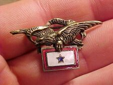 ORIGINAL WWI NICE SON IN SERVICE PIN BADGE WITH EAGLE AND OVER THERE MOTTO