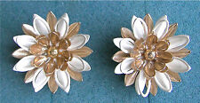 "Flower Clip Earrings ""Water Lily"" Sarah Coventry Jewelry - Sara Cov - Vtg"