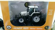 UH FENDT 820 TRACTOR 1/32 SCALE - WHITE LIMITED EDITION