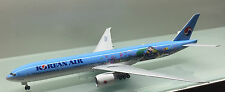 JC Wings 1/200 Korean Air Boeing 777-300ER HL8209 die cast metal model