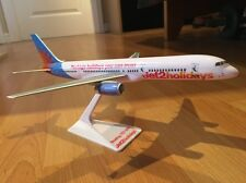 Jet2.com Jet2 Holidays Model Aircraft Boeing 757 Plane NEW